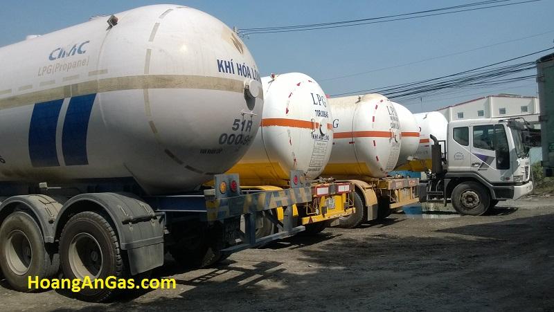 Xe-bon-Hoang-An-4